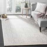 Safavieh Cambridge Collection CAM123D Handmade Moroccan Premium Wool Area Rug, 6' x 6' Square, Silver / Ivory