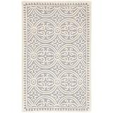 """Safavieh Cambridge Collection CAM123D Handmade Moroccan Premium Wool Accent Rug, 2'6"""" x 4', Silver / Ivory"""