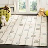 Safavieh Kids Collection SFK909A Handmade Polka Dot Stripe Wool Area Rug, 4' x 6', Ivory / Multi