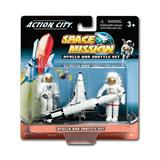 Daron Worldwide Toy Planes - Space Shuttle & Astronaut Gift Pack