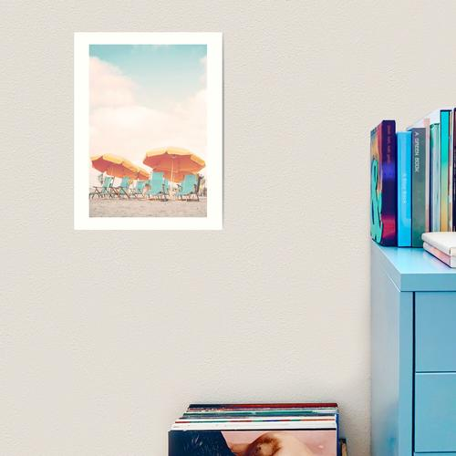 Liegestühle und Sonnenschirme Kunstdruck