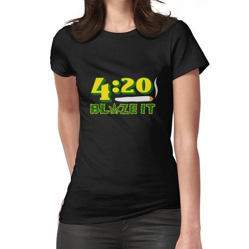 Green 420 Blaze Es handgerolltes Brenngelenk Frauen T-Shirt