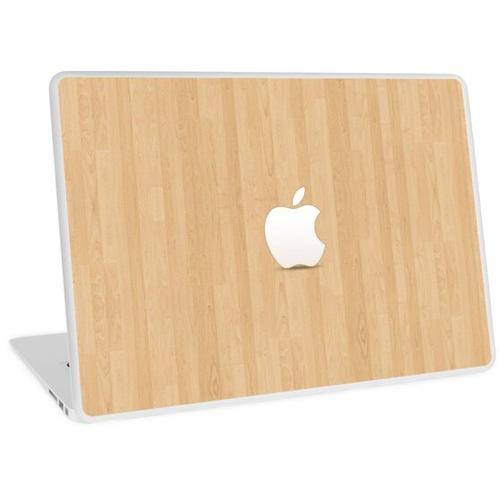 Apfel auf hellbraunem Holz Laptop Skin