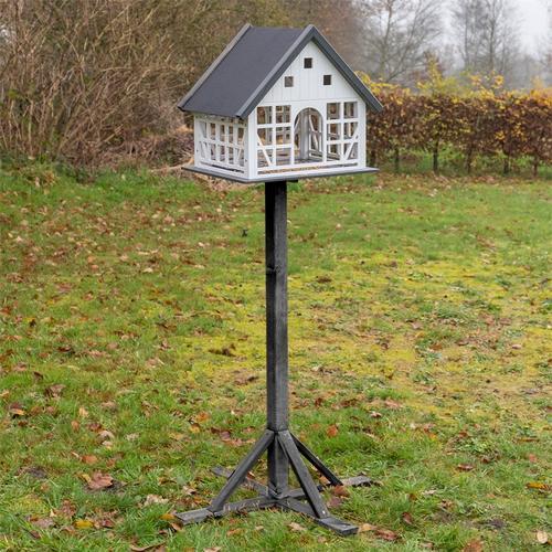 VOSS.garden Belau mit Metalldach - großes Vogelhaus im Fachwerkstil, inkl. Ständer
