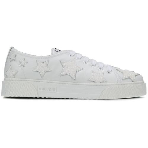Miu Miu Sneakers mit Glitter-Sternen