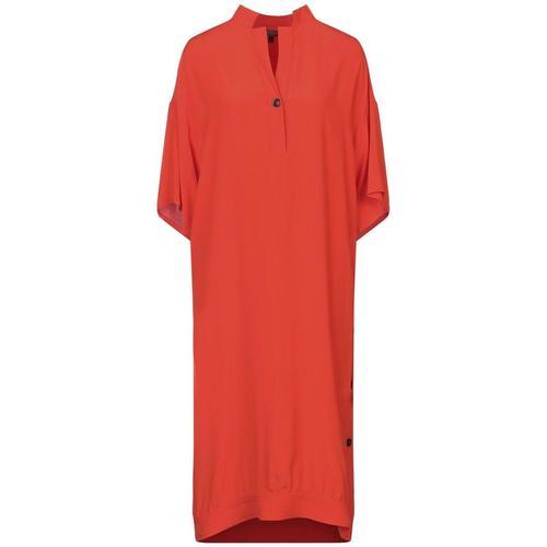 Fay Knielanges Kleid