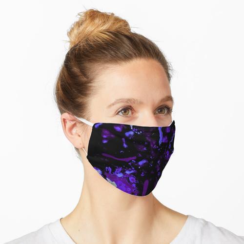 Dunkellila Maske