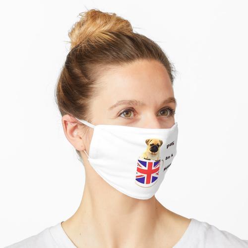 Mops in einer Tasse Maske