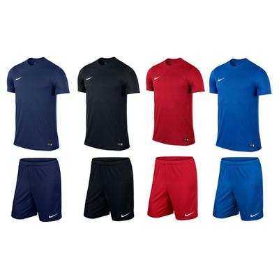 Ensemble t-shirt et short Nike : Bleu marine / XXL