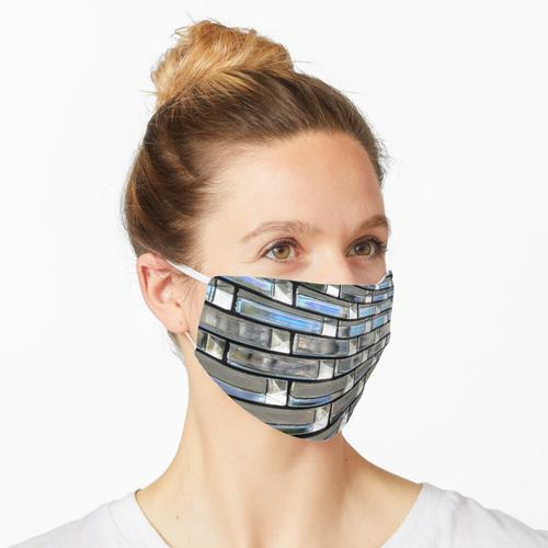 Graue und blaue Glaswand Maske