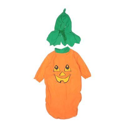Costume: Orange...
