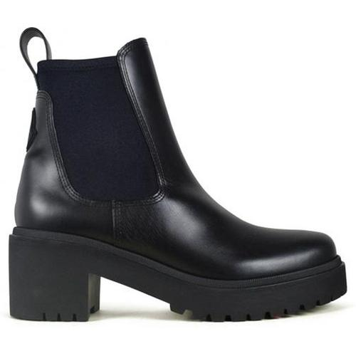 Moncler Vera boots