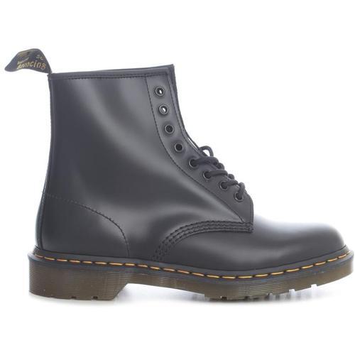 Dr. Martens 8 EYE Z Welt Ankle Boots