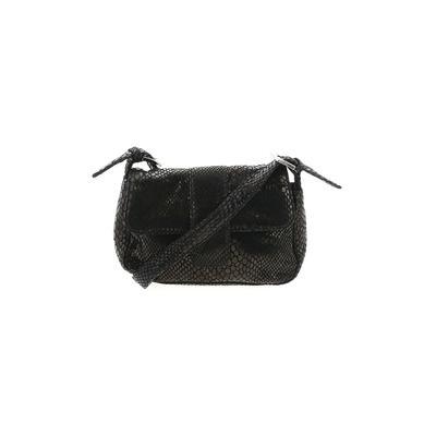 Black Market - Black Market Shoulder Bag: Black Solid Bags