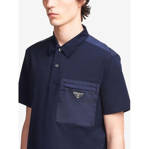 Prada Poloshirt mit dreieckigem Logo