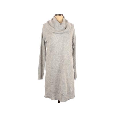 Lulu's Casual Dress - Sweater Dress: Gray Solid Dresses - Used - Size Small