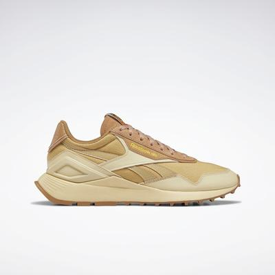 Reebok Unisex National Geographic Classic Leather Legacy AZ Shoes in Straw S18-r/Soft Camel/Boldly Yellow Size M 8.5 / W 10 - Lifestyle Shoes